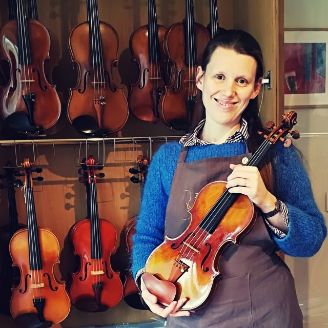 Blandine Galy, LUTHIER